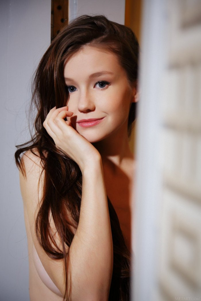 actress xray fakes nude