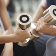 Как ухаживать за женщинами в спортзале