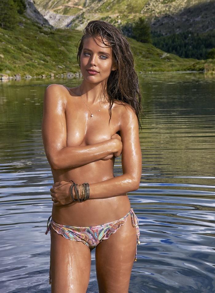 Сексуальная модель Эмили Ди Донато в бикини (Фото) - BlogNews.am