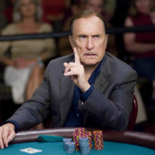 Что общего у бизнесмена и игрока в покер?