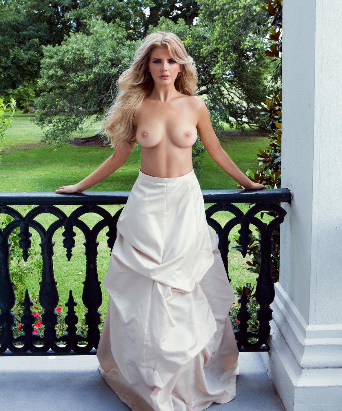 картинки красивых женщин в платьях и голые