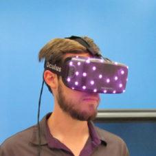 Полное погружение в виртуальную реальность с Oculus Rift