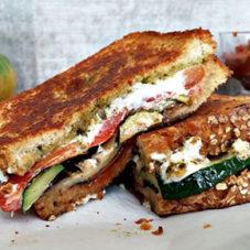 Готовь, как мужик: сытные сэндвичи на завтрак