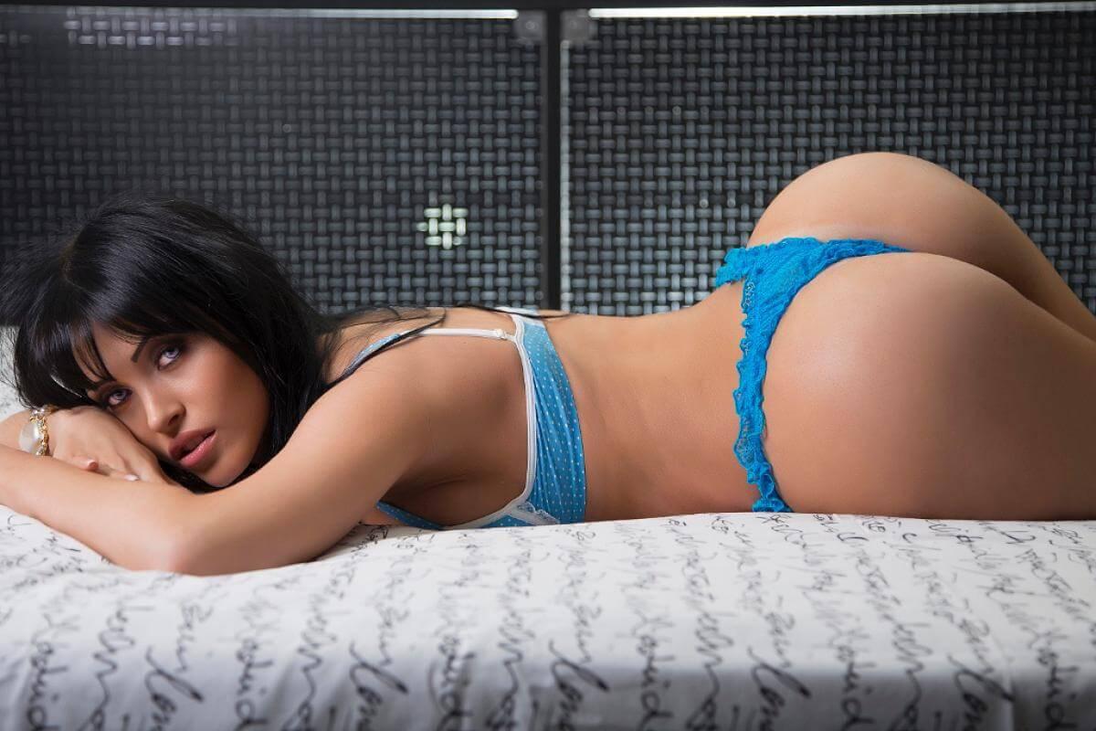 Claudia jung nude — photo 1