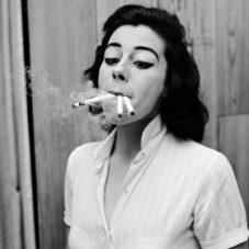 Курение любви помеха?