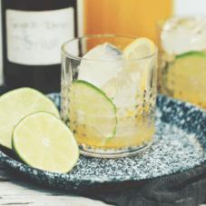 От жары и зноя: 3 рецепта лимонада