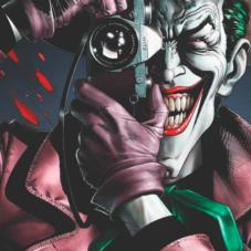 7 бескомпромиссных и мрачных графических историй в комиксах
