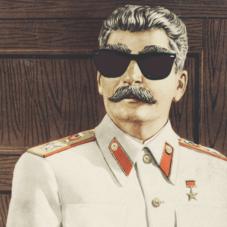 Когда тебе всё можно: самые безумные поступки диктаторов XX века