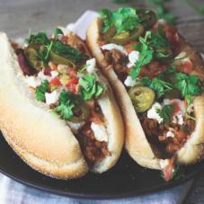 5 простых хот-догов, которые утолят самый зверский голод
