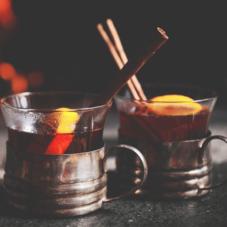 Три рецепта согревающего глинтвейна