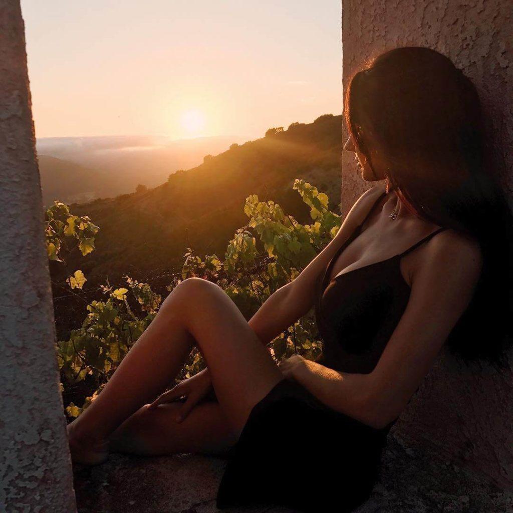 девушка из канады фото закат с Джодеки Раду
