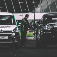 Как заправлять автомобиль, не заезжая на АЗС?