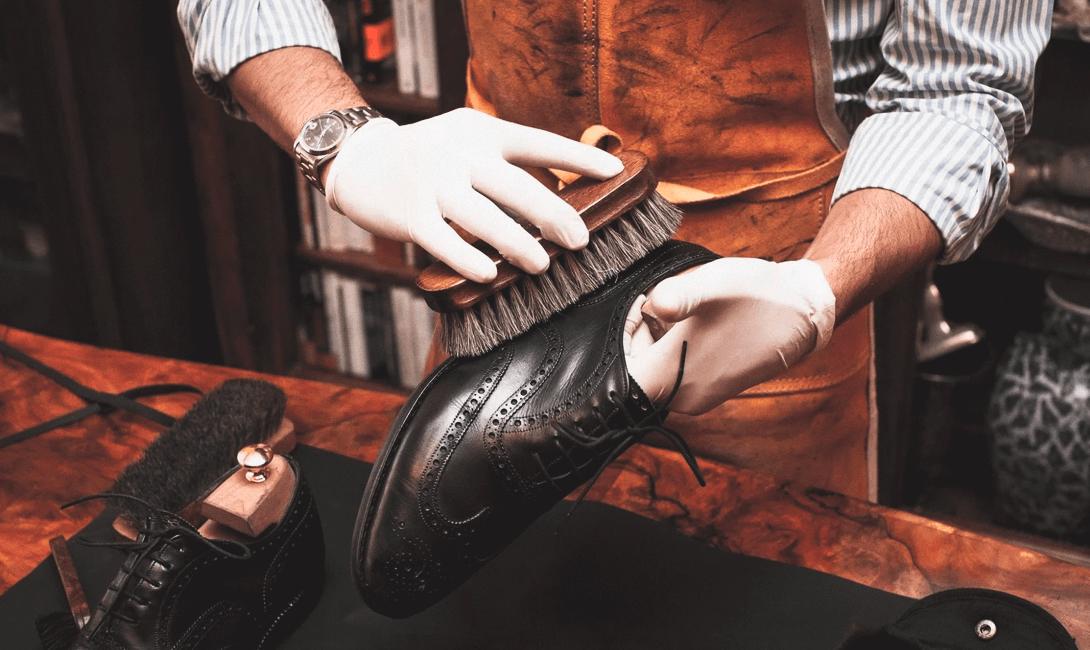 0262cffc6 О том, как ухаживать за классической кожаной обувью, нам рассказал  Александр Ч. из компании Oxfords & Brogues.